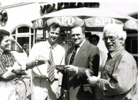 Bürgermeisterkandidat Robert Schurer (1994) Foto: Helmut Wohner
